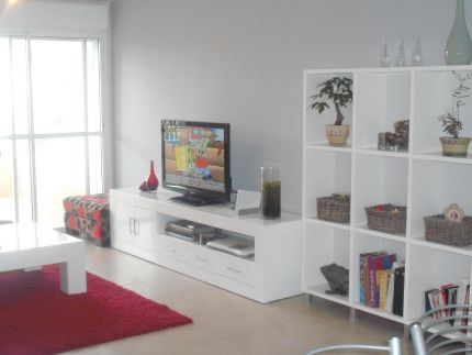 נכס השבוע של רימקס נדלן – דירת 4 חדרים מרווחת ברח' השקד
